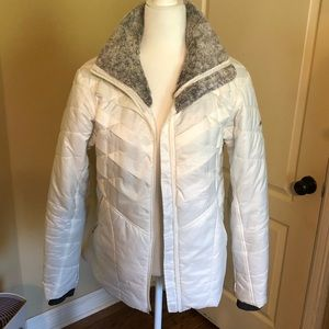 Columbia white jacket Sz L